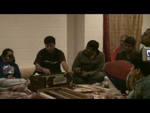 Bhajan - 24hr Kirtan - Vrinda - 18/26
