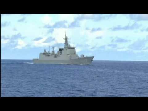 Trung Quốc Tập Trận ở Biển Đông Bắn Hỏa Tiễn Thật