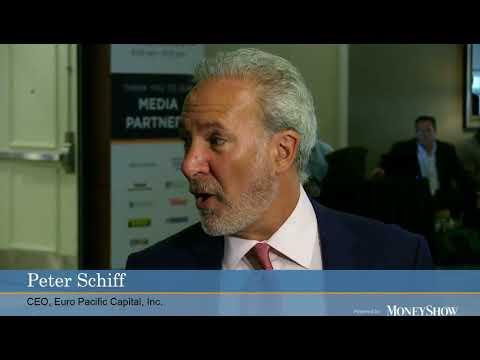 Stefanie interviewing Peter Schiff