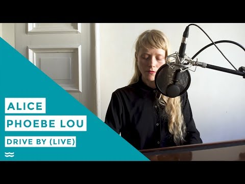 Alice Phoebe Lou - Drive By (Live Acoustic Session) | OFFSHORE