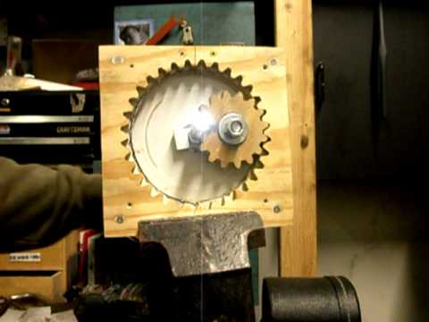 Rotary to linear motion with wooden gears - YouTube