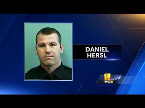 Video: Judge calls indicted detective untrustworthy, danger to community
