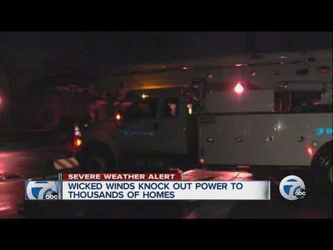 32,000 without power after high winds hit metro Detroit