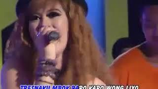 Utami Dewi F - Lorone Neng Kene [Official Music Video]