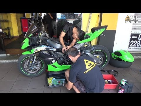 Kawasaki Ninja's day at the workshop #20