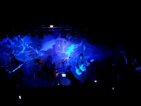 Angra - Lease of life (live in Salamandra 18/02/10 Barcelona)