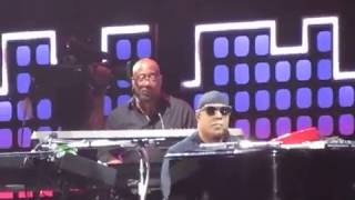 Stevie Wonder complete DON'T YOU WORRY 'BOUT A THING @GlobalCitizenFestival 2017