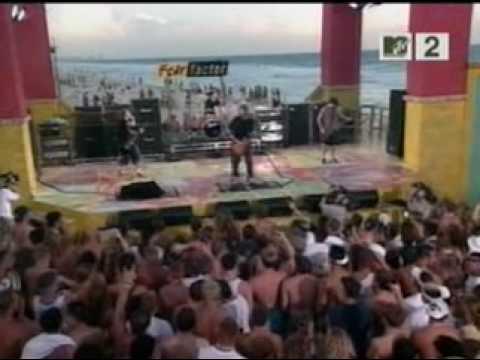 Puddle Of Mudd - Blurry Live @ MTV Spring Break