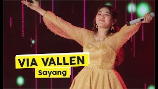 [HD] Via Vallen - Sayang (Live at Plaza Ambarrukmo Yogyakarta)