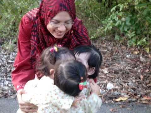 raya09 - barney happy family song