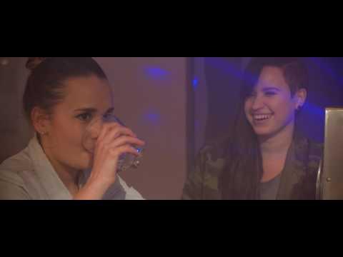 LOLA feat. SharkaSs - Hra o city (official video)