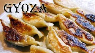 Gyoza Japanese Dumplings (RECIPE)-餃子の作り方