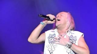 Uriah Heep - The Wizard (Crocus City Hall, Moscow, Russia, 15.10.2015)