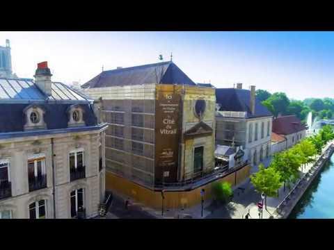 Nouvelle fenêtre : Cité vitrail - Trailer 1/6 : restauration des peintures