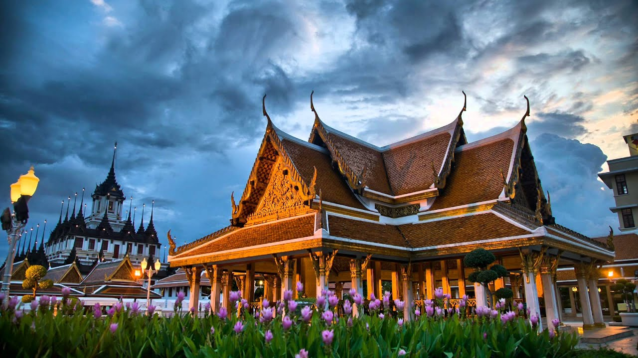 Thai massage at bai pho thai temple at sunset bangkok for Thai wallpaper gallery