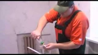 Как клеить потолочный плинтус(Официальный сайт: http://www.euroremont-samomy.ru., 2011-10-03T20:20:12.000Z)