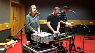 Chvrches - The Mother We Share (session)