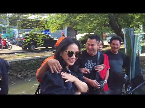 Raffi Ahmad & Nagita Slavina Tiba Di Kopi Johny (Part 2)