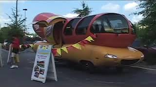 A ride on the Oscar Meyer Weinermobile
