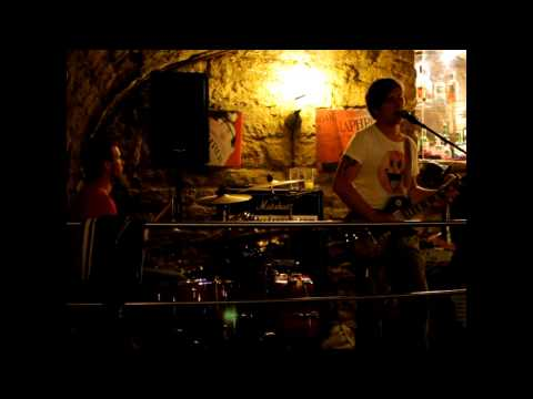 Hawelka - Trauriges Mädchen (live)