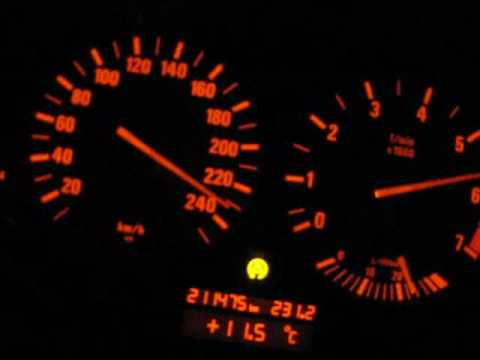 BMW E39 528i acceleration