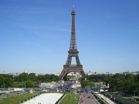 hvor højt er eiffeltårnet