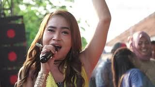 Dayuni - Lia Andrea - Erna Farvisa Live Pangenan Cirebon