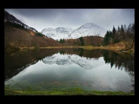 Ludovico Einaudi plays Corale. Photography by Pianopod (In a Time Lapse. Piano Solo)