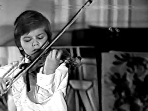 Kirill Troussov Age 5 plays Kreisler