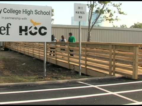 Alief Early College High School opens at HCC Southwest College