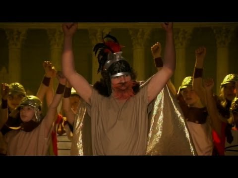 Outnumbered Series 5 Ep6 | Finale: Ben's Spartacus Performance