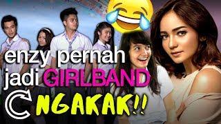 Download lagu NGAKAK!! Enzy tonight show pernah jadi Girlband Lollypop