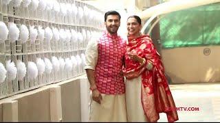 Deepika Padukone & Ranveer Singh make an appearance outside their residence | DeepVeer Wedding