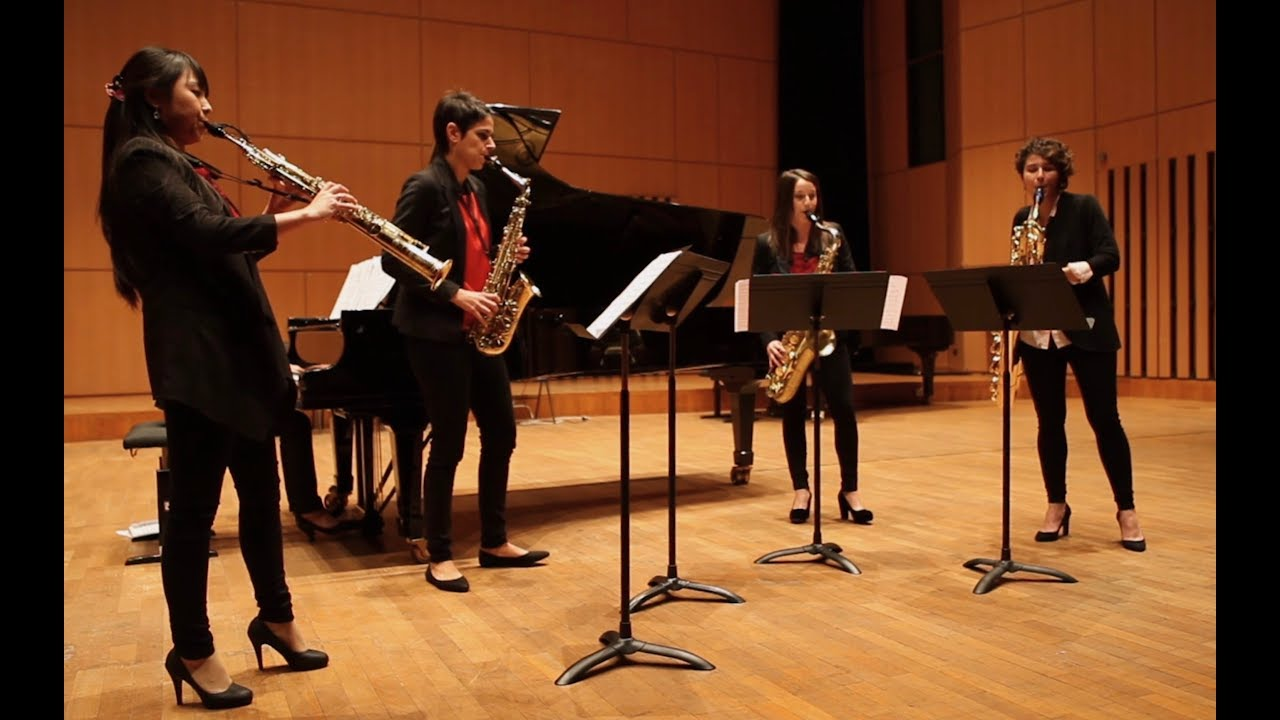 Ensemble Rayuela - Claude Debussy - Memorias, pour quatuor de saxophones et piano, de Pedro Iturralde