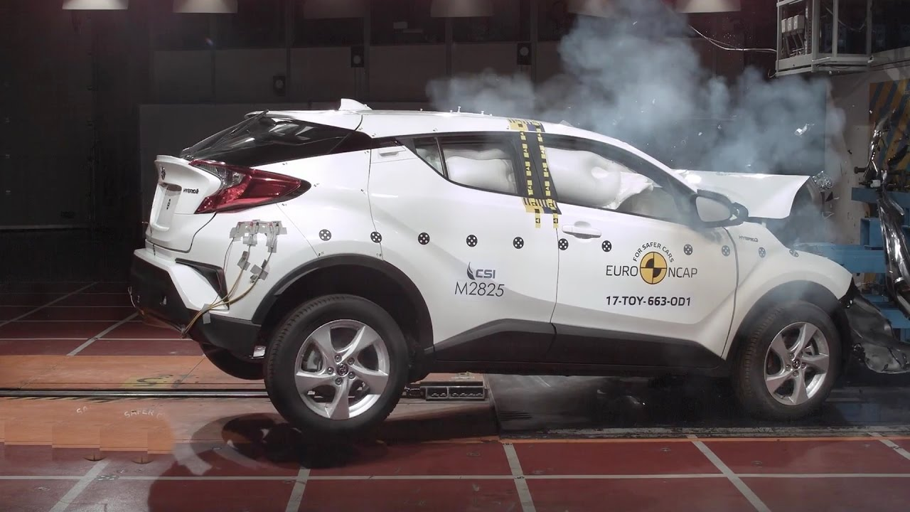 2017 Toyota C HR   Crash Test