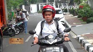 Staf Khusus Presiden Masih Beraktivitas Dengan Sepeda Motor Matic  BERKAS KOMPAS (Bag1)