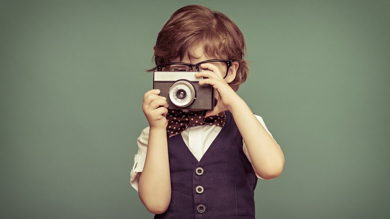 how to find the photographer of an image