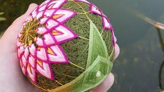 Темари Цветок Лотоса, вышивка трилистника Митсубане Кикку
