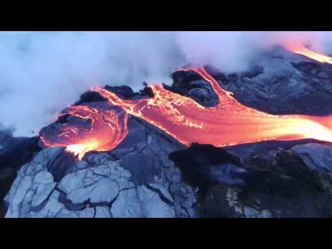 Flying Over a Volcanic Eruption! - Parrot Community