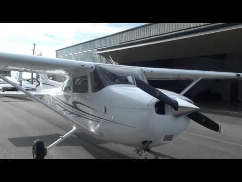 Brand New Cessna 172 Walkaround
