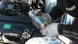 Простой дымогенератор из бутылки и сигареты(Сделали наиболее простой дымогенератор из двух маленьких бутылок сигареты и компрессора. В итоге нашли..., 2014-11-21T23:56:21.000Z)