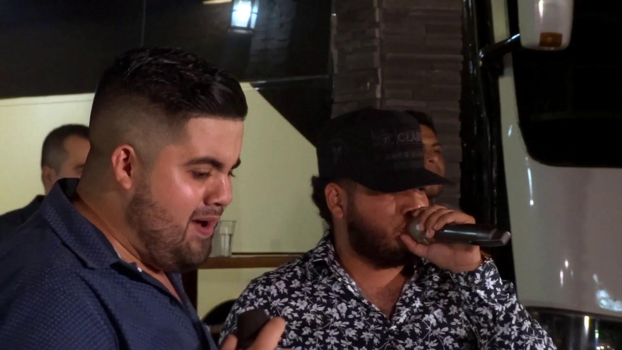 El Pajaro Azul (En Vivo) - Banda Corona Del Rey