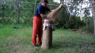 Как сделать улей колоду для пчел.(Как сделать улей-колоду для пчел., 2015-02-09T11:56:56.000Z)