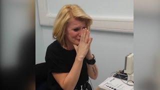 40-літня британка, яка почула вперше в житті
