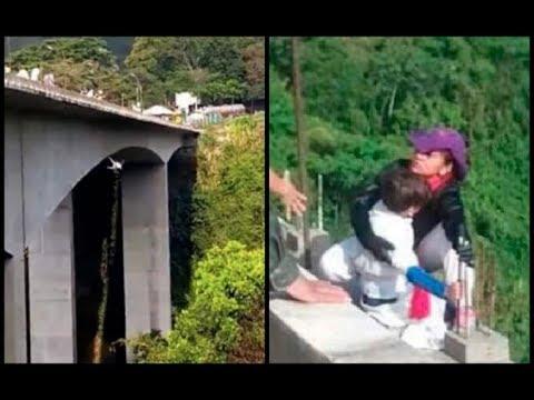 fotos de la señora que se tiro del puente