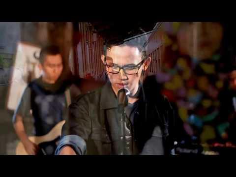 (Official Music Video) Dimensi Music Band - Menunggumu