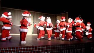 Must be Santa - Amelia