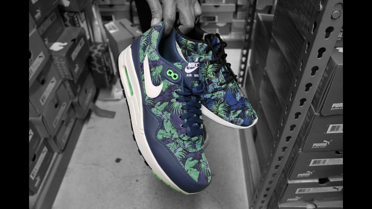 2408c2d31a23 Nike Air Max 1   Roshe Run