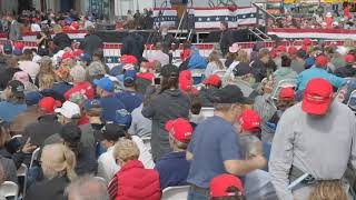 Thousands of Trump Supporters Crowd Michigan Aircraft Hanger