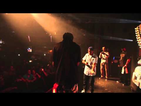 Currensy & 2 Chainz Perform